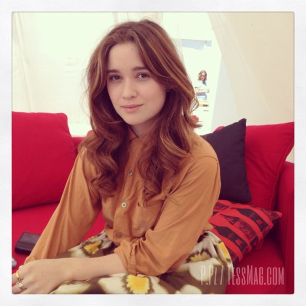 ■ [ Interview ]  Alice Englert, Interview par Tess Magazine