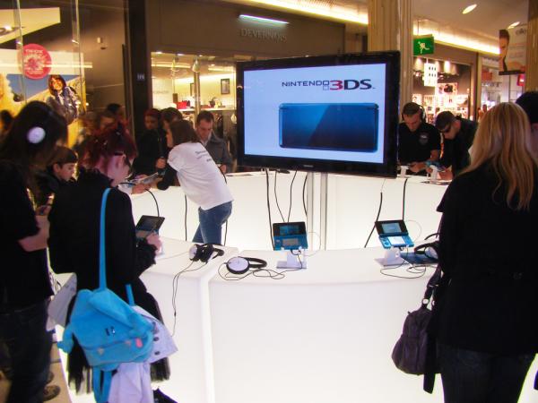 Nintendo 3DS : Test au centre commercial de la Part Dieu à Lyon