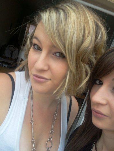 ~ Mxelle Adeline & sur facebook ;D , inviter moi c'est Baaby Adeline (Y)