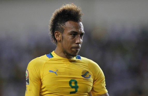Mondial 2014 : Aubameyang triplé sur penalty, Ecuélé-Manga marque aussi