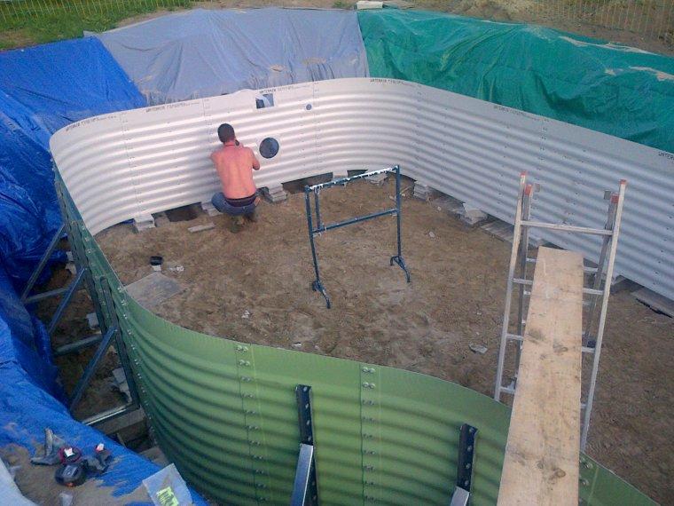 le montage de la structure construction piscine waterair clea 2 410. Black Bedroom Furniture Sets. Home Design Ideas