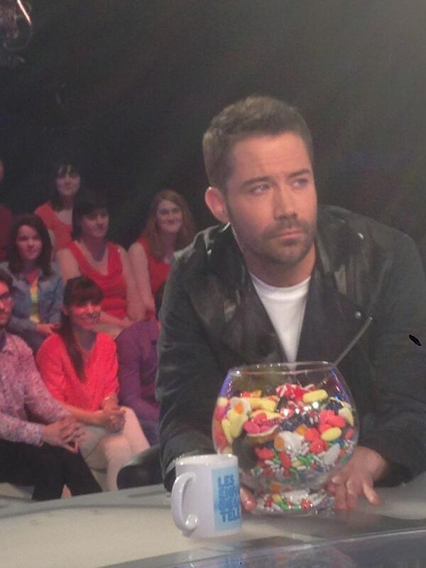 """Emmanuel Moire aux """"Enfants De La Télé"""""""