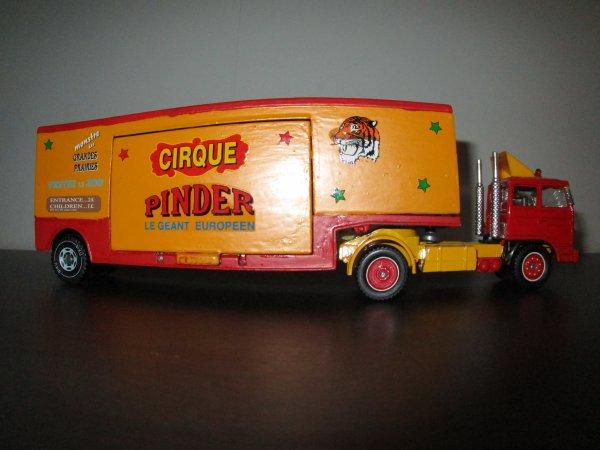 entrée imaginaire du cirque