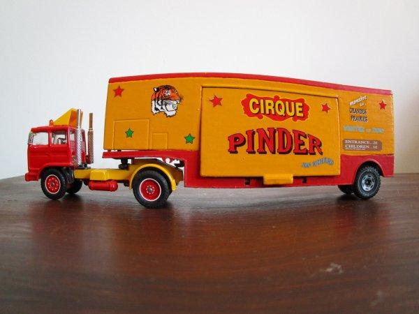 entrée du cirque