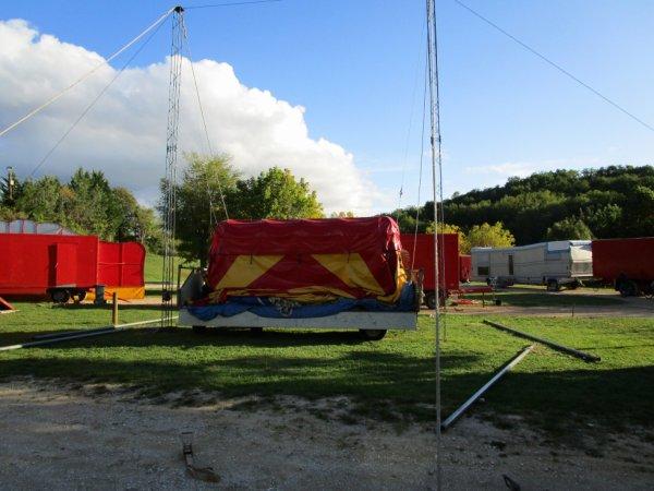 Le cirque s'installe !!!