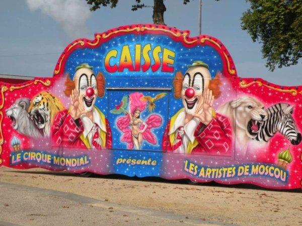 Gourdon ( 46 ) dit oui aux cirques !!!