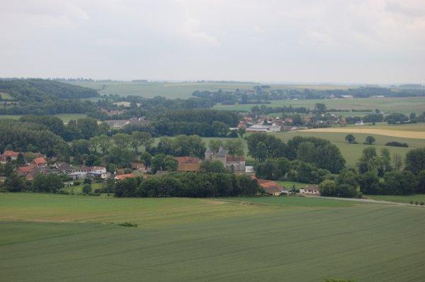 Vue de holain et son château médiéval