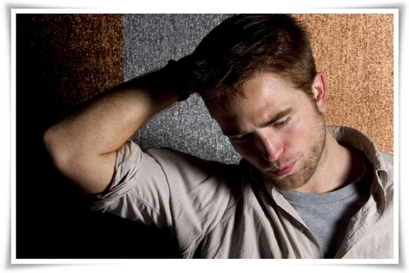 Biographie :  Robert Pattinson ♦ Acteur ♦