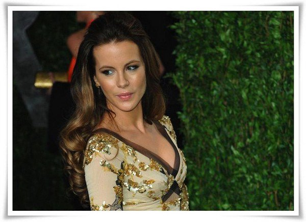 Biographie :  Kate Beckinsale ♦ Actrice ♦