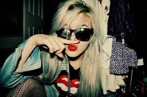 On est jeune ,  on s'amuse :))
