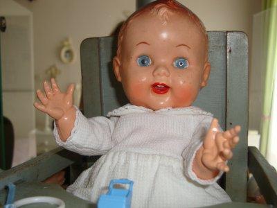 un bébé anglais de 20 cm marqué roddy.