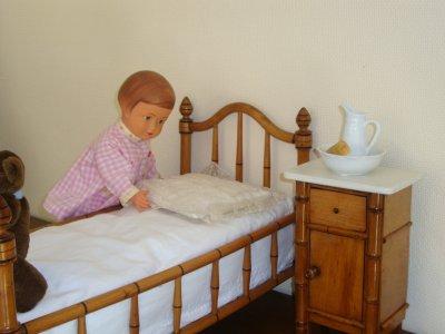 """""""comme on fait son lit ,on se couche ."""""""
