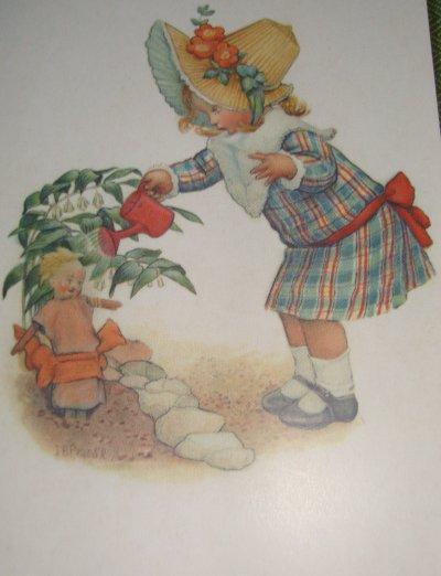 arrosez régulièrement,il se peut qu'une poupée fleurisse ........... bon week end !