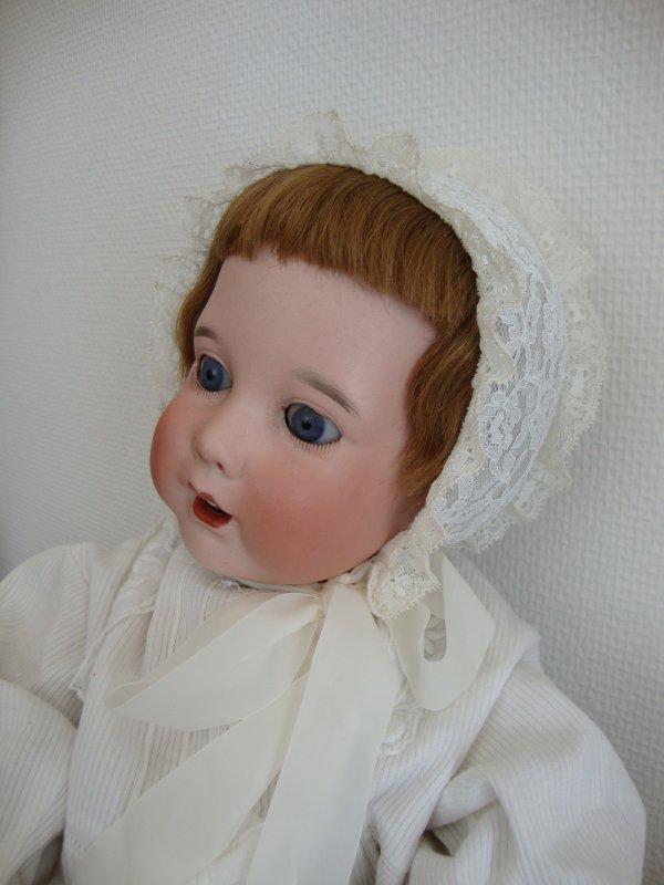 voici hortense bébé sfbj 251.elle mesure 50 cm .