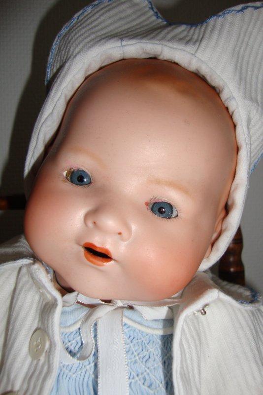 """bébé """"gloria"""" d'armand marseille."""