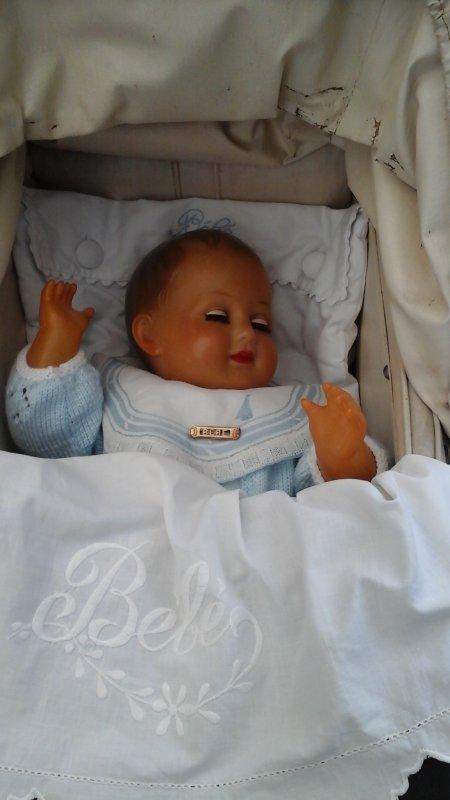 """Un petit coucou de vacances avec François """" mon bel endormi """"."""