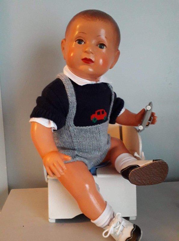 PORTRAIT D'UN ENFANT SAGE  .