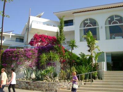 quelques pics de mon séjour à rhodes en gréce, déja my hotel and falikari!