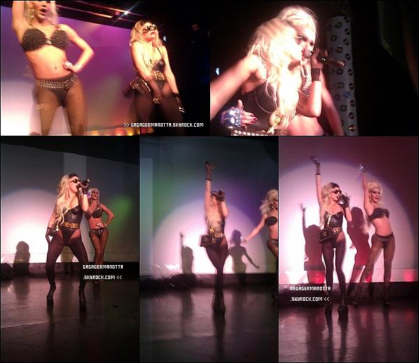 . 12 Mars 2011 : _ Lady Gaga a chanté « Born This Way » à un spectacle de Drag Queen (travestis) à Louisville.+ Gaga viens en aide aux Japonais victimes du Tsunami de la semaine dernière en vendant dans sa boutique américaine, des bracelets au couts de 5$ (US) dont les profits seront remis à la « Tsunami Reliefs Efforts ». Pour vous les procurez ou simplement voir les bracelets, cliquez ici._______♦ Vous en pensez quoi ?   .