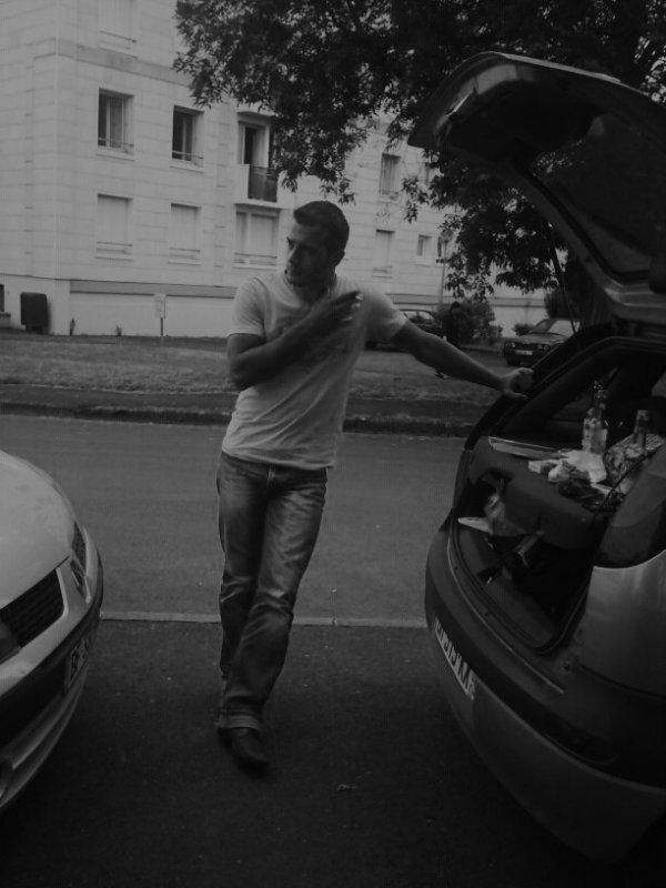on f'ra rien de nos life / Mon dans mon opel (2011)