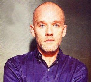 Micheal Stipe (Chanteur de R.E.M. et ami de Kurt)