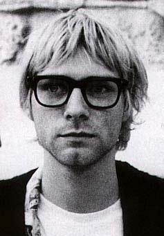 Premiére bio écrite par Kurt.