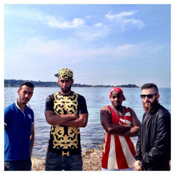 Sur le tournage du clip ''Touche à Rien'' avec sultan et canardo