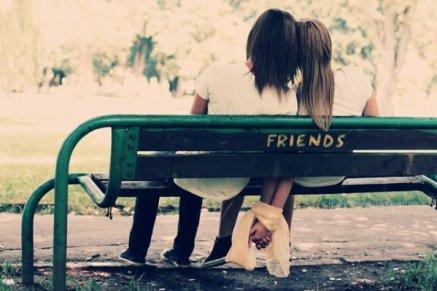 Le passé il est la qu'on le veuille ou non, il reste un partie de nous qu'on veuille l'oublié ou se souvenir, le passé reste ce qu'on a été et ce qu'on est devenu.