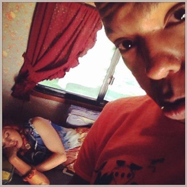 Ruggero et Samuel ont posté ces photos sur Instagram: