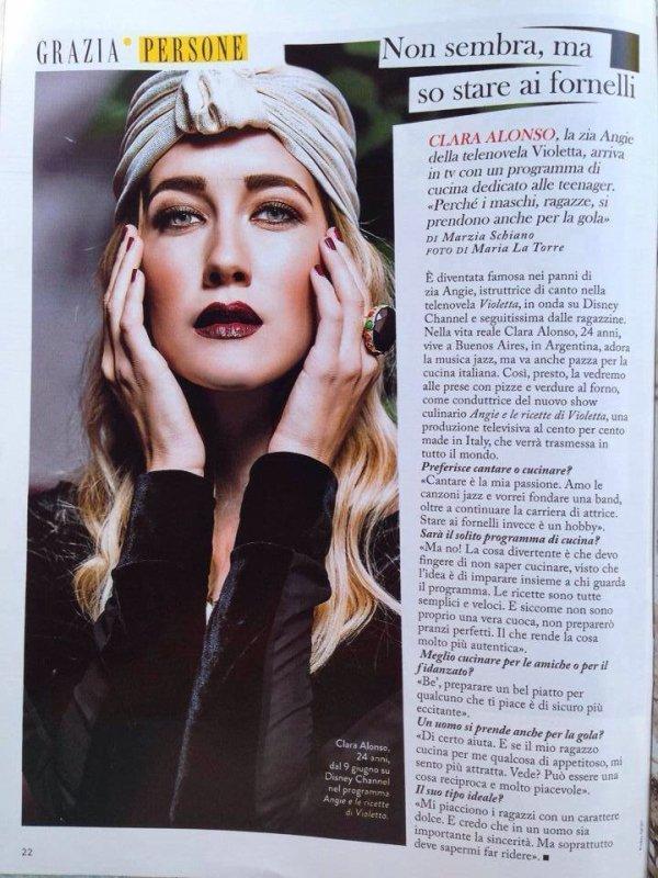 Clara dans la magazine Grazia en Italie *-* trop forte et trop magnifique *-* combien sur 10 pour son look ?