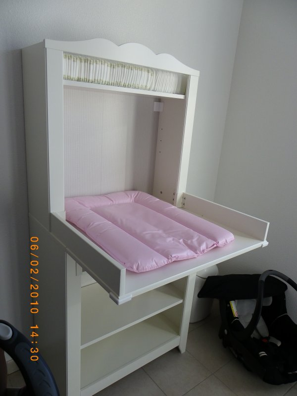 Ikea table a langer cheap hemnes baby changing dresser ikeahack with ikea table a langer for Rangement baignoire ikea