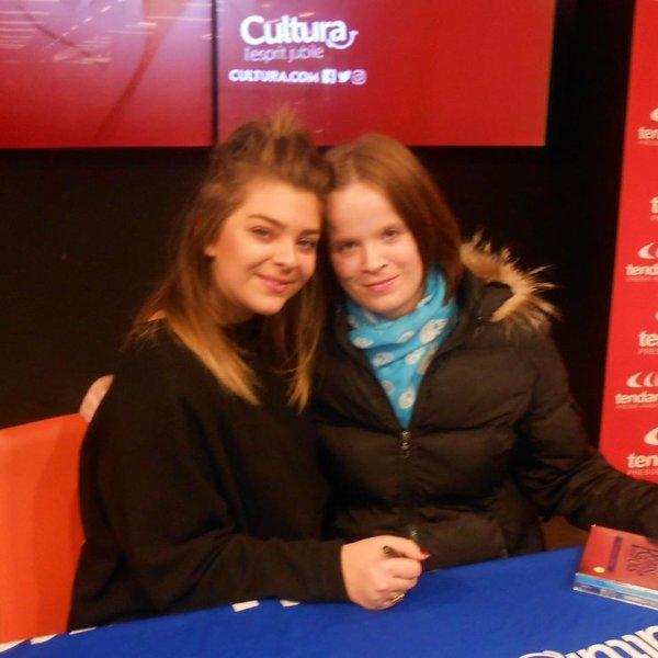 <3 Caroline Costa et moi <3