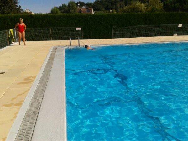 Bonjour à tous me voici revenue  Mael à 6ans il va rentrer en cp il va à la piscine pour apprendre à nager