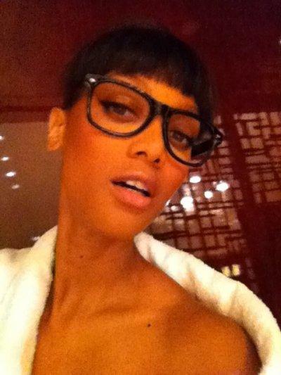 17/11/11                     Tyra poste une nouvelle photo sur son twitter