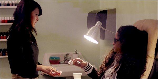>Mercredi 16 Février   Ciara se fait manucuré au salon Nail à Hollywood: