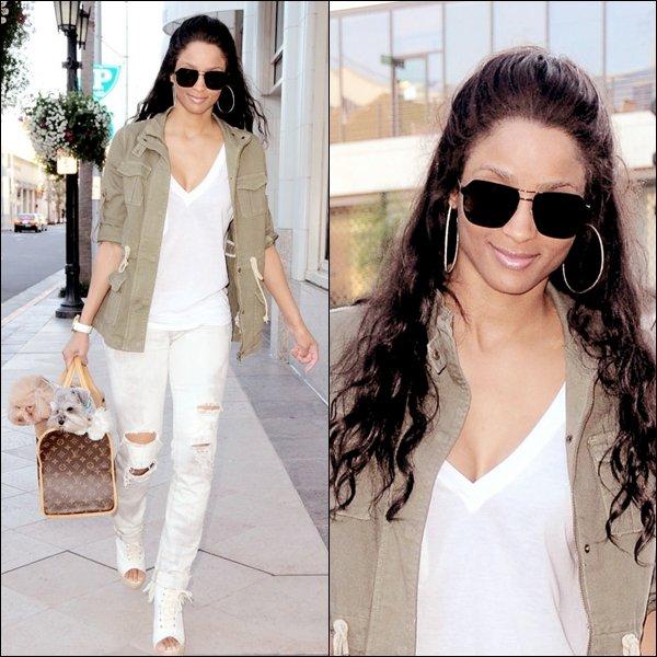 >Mardi 22 Février  Ciara repérée à Hollywood !