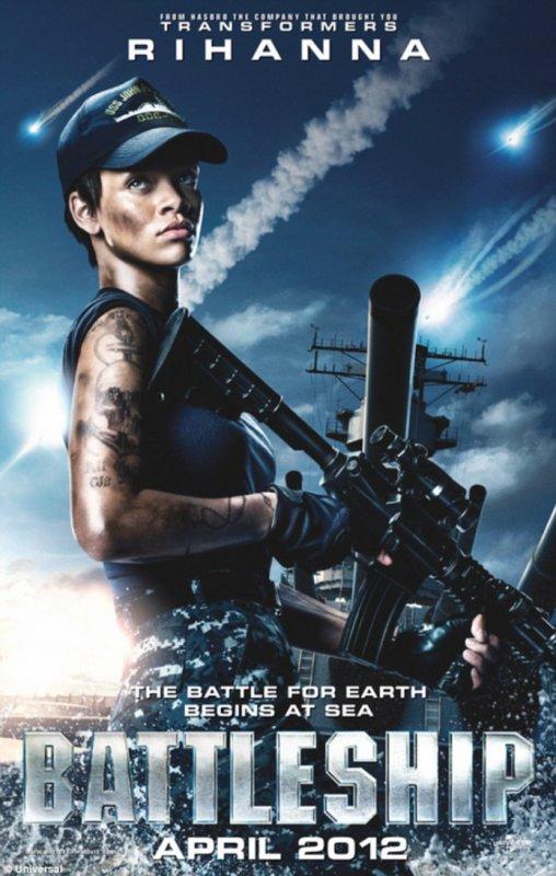 Rihanna dans la US Navy (Battleship)