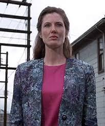 Beverly dans la version ancienne de IT J'adore son personnage elle est belle avec beaucoup de personnalité