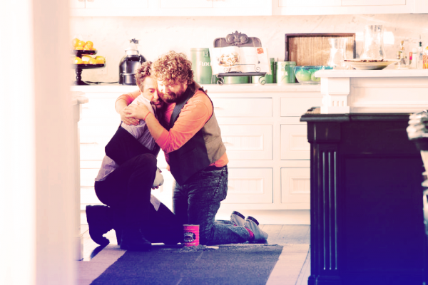 « But nobody wants to be down, everybody wants to be up. It's all uphill from here. » Due Date ♥