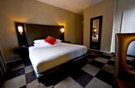 Notre Hôtel l'Ameritania Hotel 3 etoiles  230, West 54th Street, NY 10019, New York