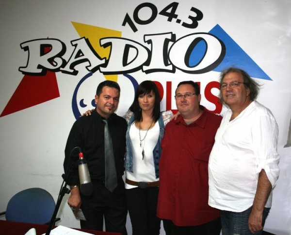 Max, Mickael Bultez , J-F.Auclair et Moi Jenny....Aprés Midi à RADIO PLUS...