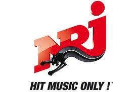 La radio et les News qu'on vous fait suivre  ! #NRJ en direct de #JFR (Petite pubs pour NRJ)