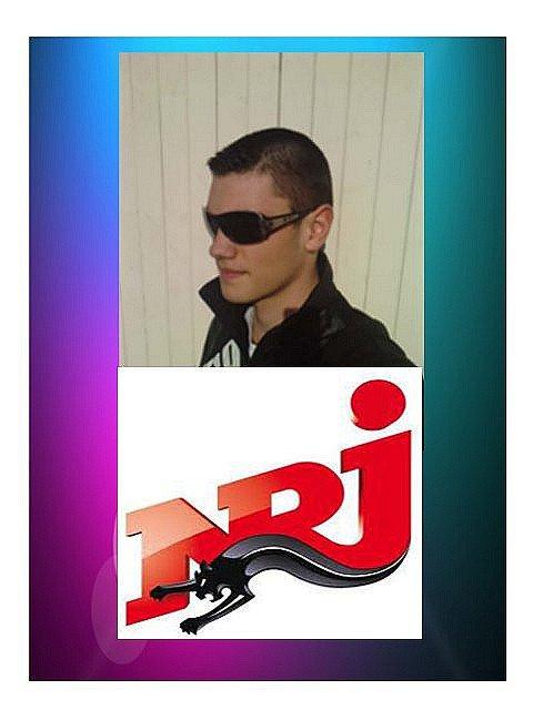 """#Jerem Radio ! sur #JFR via les stations :  95.50 en session libre Antenne après """"évasion"""" & la 101.9 (NRJ) et le twitter : JeremRadio"""