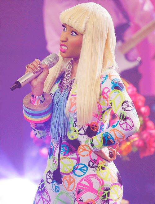 Elle, Nicki Minaj