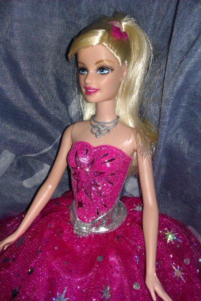 Barbie dans barbie et la magie de la mode 2010 barbie - Barbie magie de la mode ...