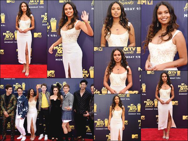 """"""" •  16/06/18    —  Alisha Boe était présente à l'événement des « MTV Movie And TV Awards » ayant lieu dans Santa Monica.La jeune actrice était accompagnée du cast de la série """"13 Reasons Why"""" ! En ce qui concerne sa tenue, je la trouve sublime, c'est un top.   """""""