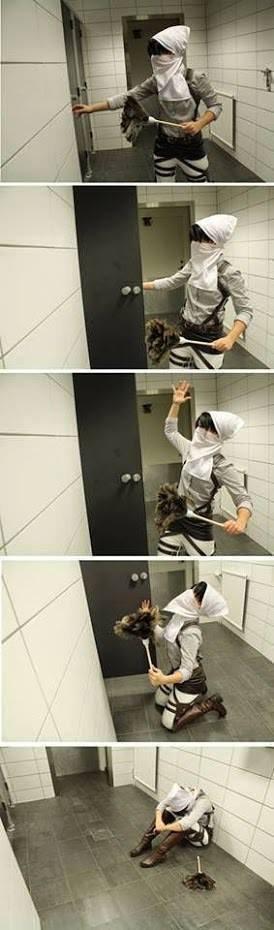 Que avait-t-il dans ces toilettes ? (instant d'horreur pour le caporal)