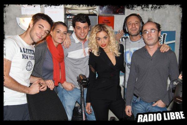 Rita Ora dans la Radio Libre