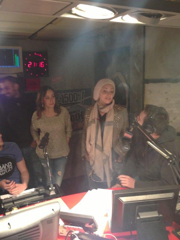 Kenza Farah et sheryfa luna dans la radio libre