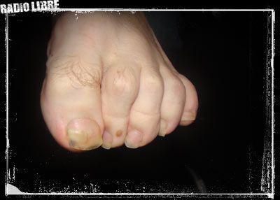 lecher des pieds